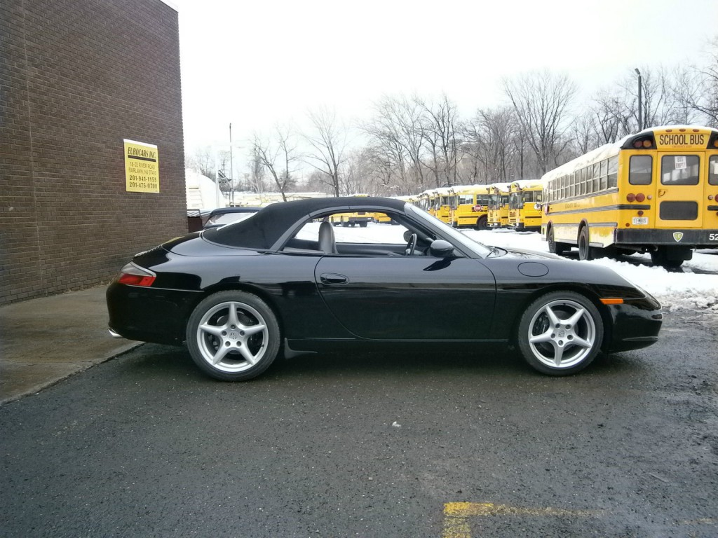 2002 Porsche Carrera 2 Cabrio