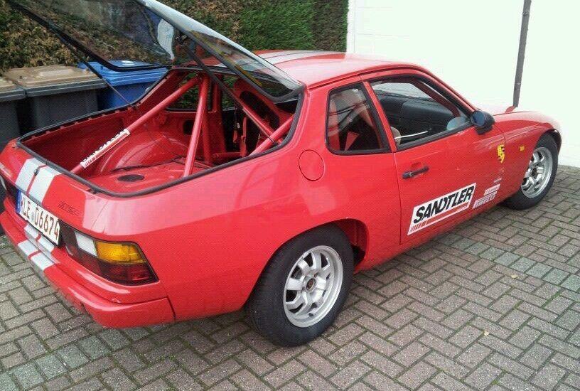 Porsche 924 Rennwagen Youngtimertrophy Karosserie voll Restauriert