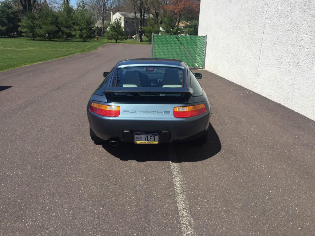 1988 Porsche 928 S4 Coupe