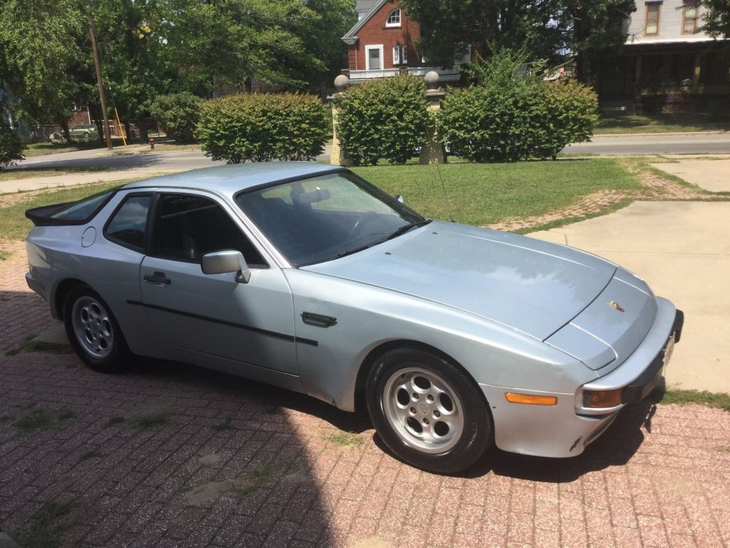 1986 Porsche 944 with removable top