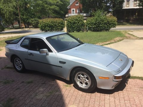 1986 Porsche 944 with removable top for sale