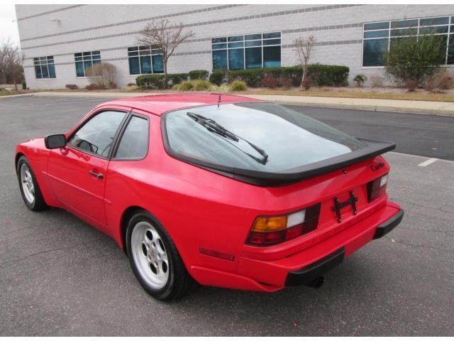 low miles 1986 Porsche 944 Turbo