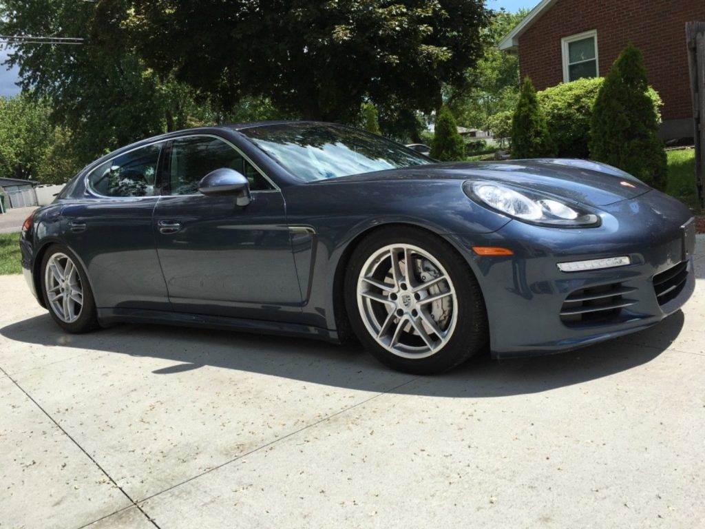 2014 Porsche Panamera 4S in great condition
