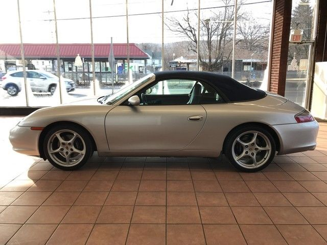 BEAUTIFUL 2002 Porsche 911 Carrera
