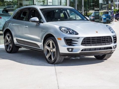 AMAZING 2018 Porsche Macan Service Loaner for sale